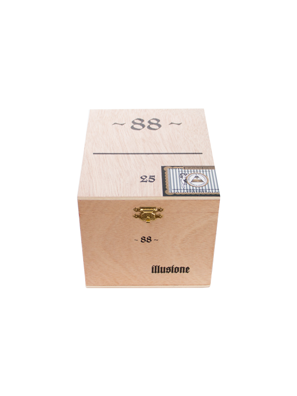 Illusione 88 Robusto