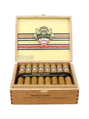 Ashton Cabinet No.7 Cigars