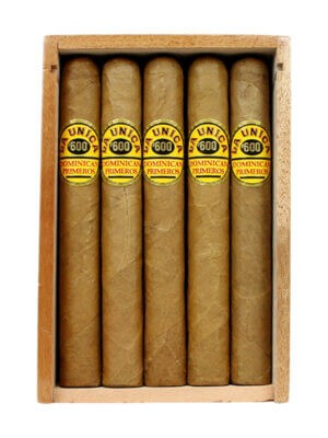 La Unica Cabinet No. 600 cigars